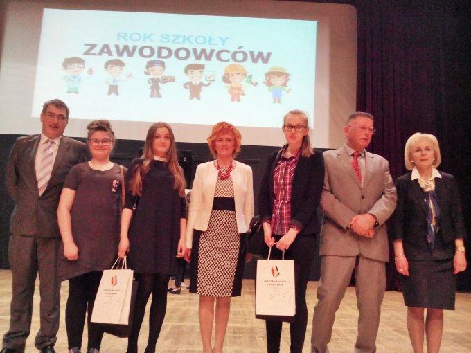 Sukces gimnazjalistek zBobrowa